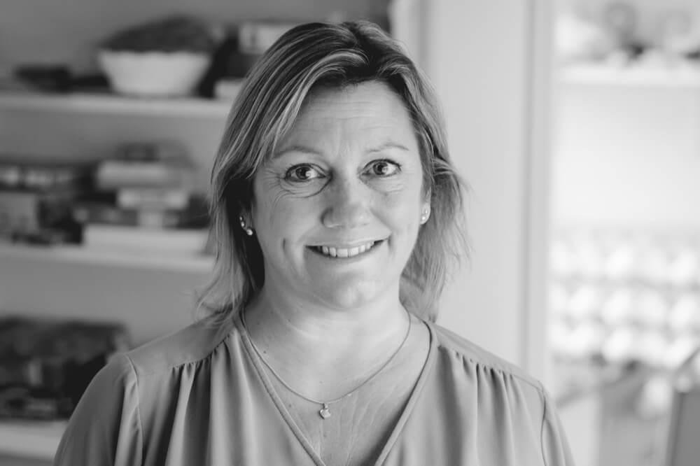 Jeanette Åkerblom